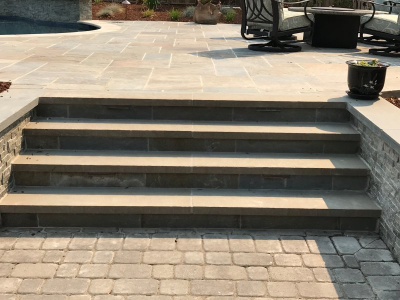 Bluestone Stairway With Step Lights Gilroy